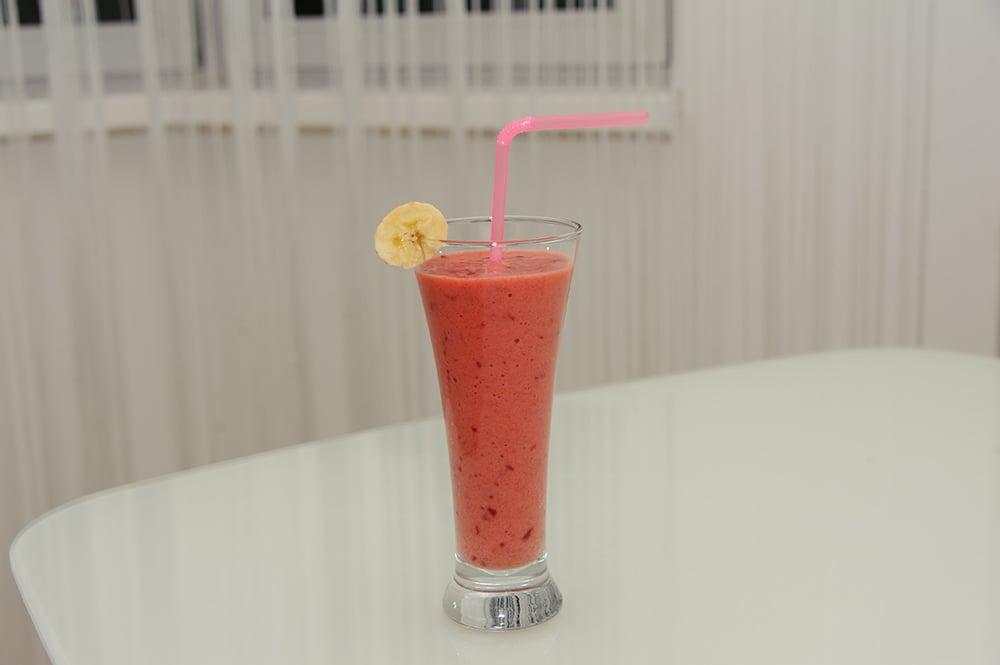 Ягодно-фруктовый смузи - приготовление, шаг 4