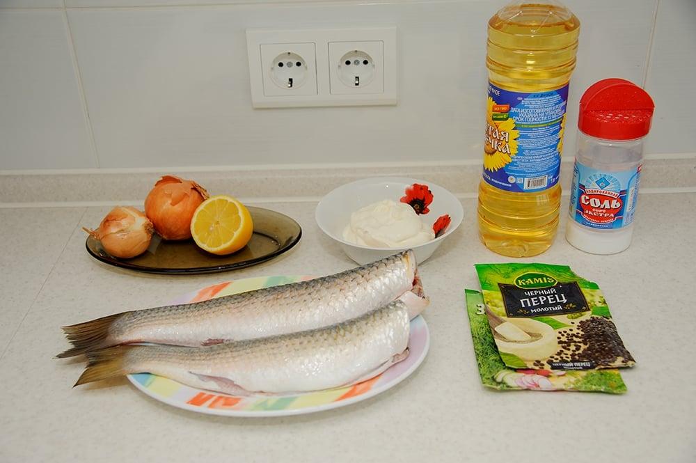 Рыба в сметане, запеченая в духовке - приготовление, шаг 1