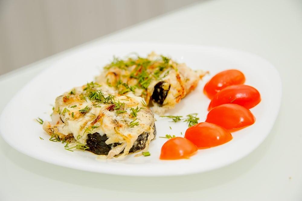 Рыба в сметане, запеченая в духовке - приготовление, шаг 6