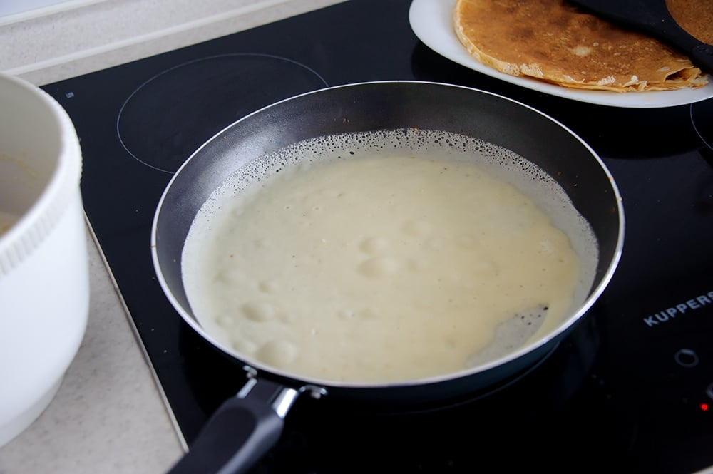 Блины на молоке - приготовление, шаг 3
