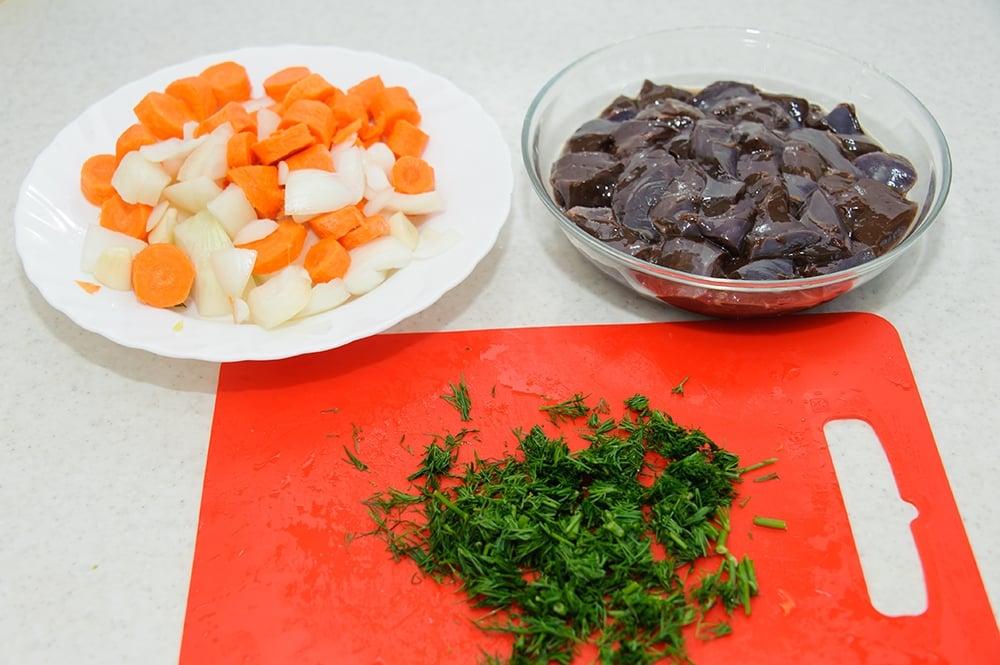 Печеночные оладьи с овощами - приготовление, шаг 2