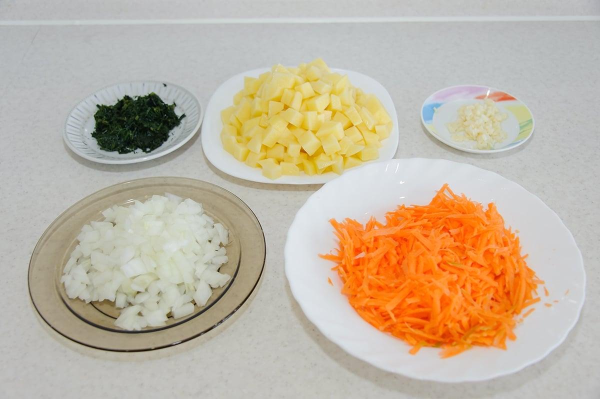 Суп с фрикадельками - приготовление, шаг 2