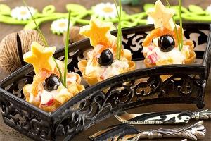 Праздничная тарталетка - канапе с креветками