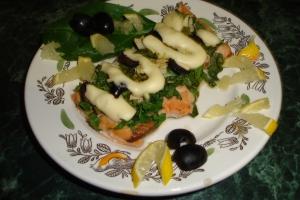 Филе горбуши со шпинатом