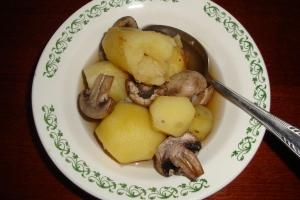 Картошка с грибами и специями