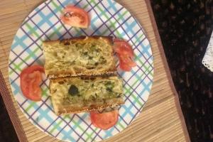 Чесночный хлеб по-итальянски