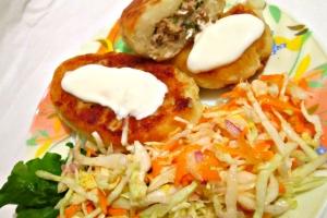 Картофельные зразы с курицей и зеленью