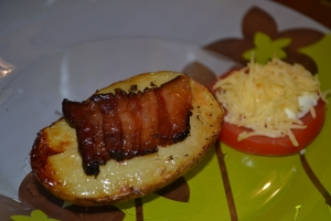 Картошка с копченой подчеревкой