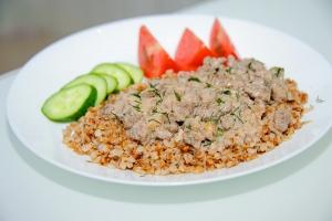 Бефстроганов из говядины (мясо по-строгановски)