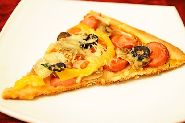 Пицца из готового теста в мультиварке рецепт